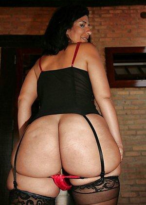 Latina Mom Pics