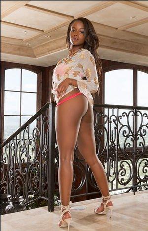 Big Brazilian Booty Pics